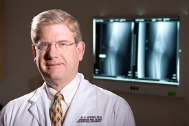New York Times reports on UMMS-led joint replacement study