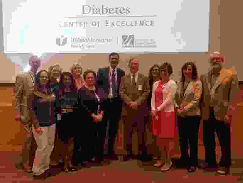 The Five You Make a Difference Award Winners with the DCOE Directors and Clinical Management