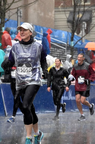 Laura Alonso, MD, running the Boston Marathon