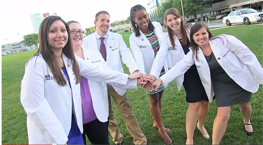 Image of UMMS medical school students