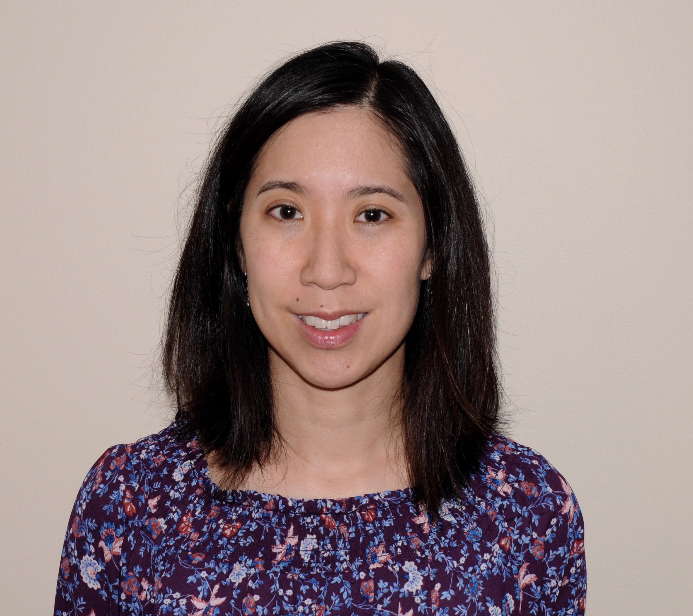 peggy wu md dr wu was born and raised in the northwest suburbs of chicago she completed her undergraduate studies at carleton college in minnesota a ba in