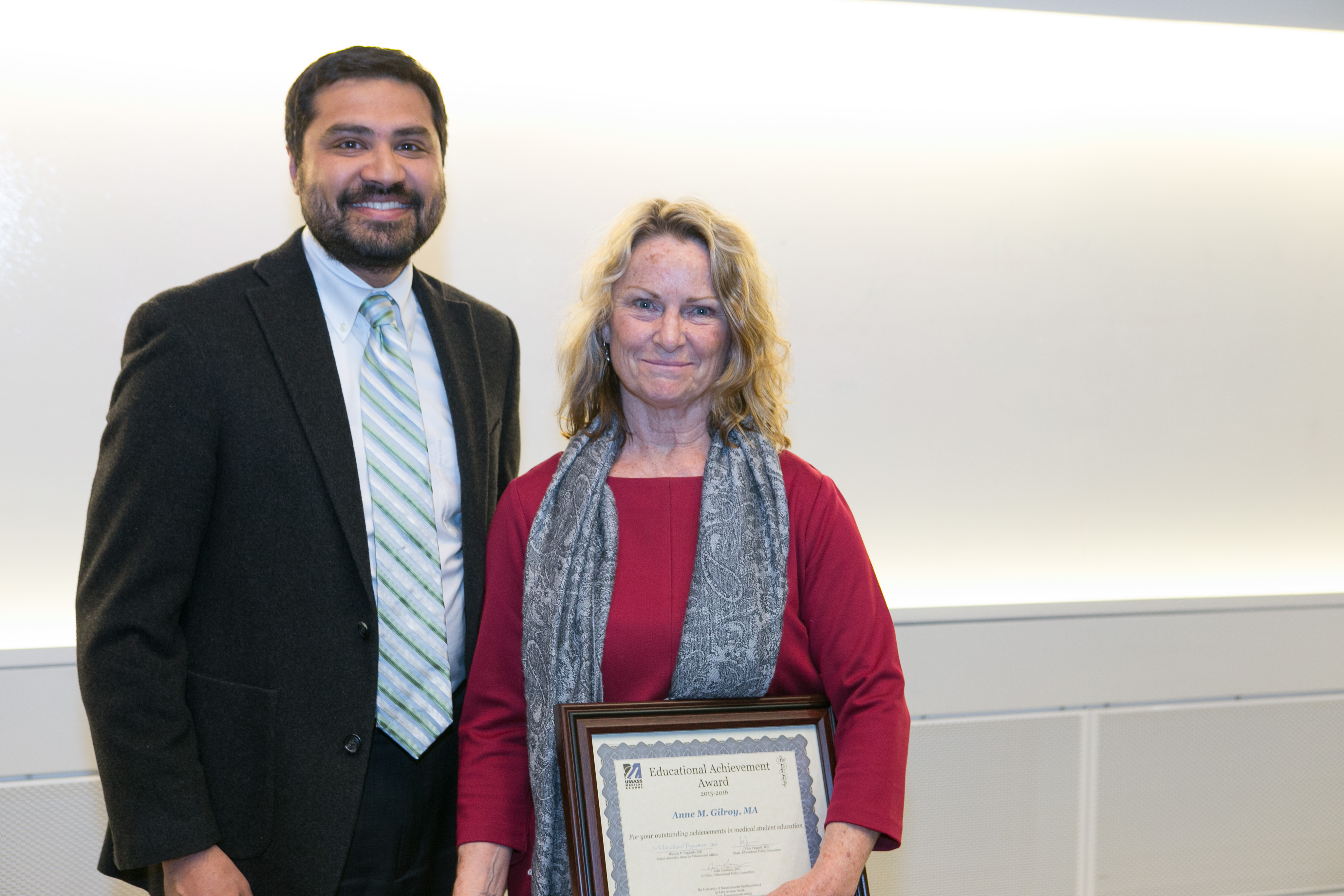Vijay K. Vanguri, MD Chair, Educational Policy Committee presents Anne M. Gilroy, MA with the Educational Achievement (Star) Award.