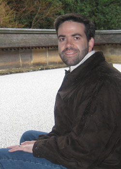 Dr  John E  Harris, Director of vitiligo clinical care and